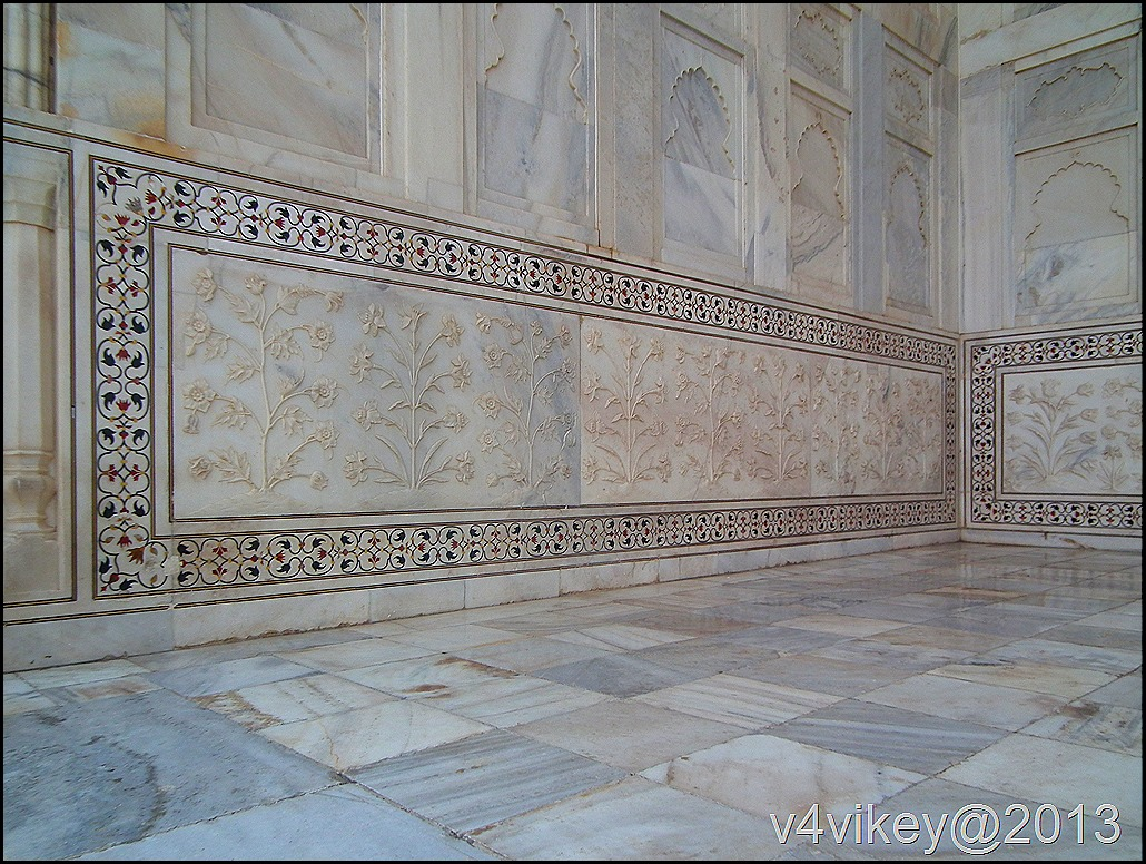 Tajmahal Walls design made with Marble and semi precious stones