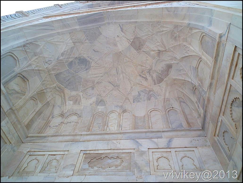 Tajmahal Walls design made with Marble and semi precious stones