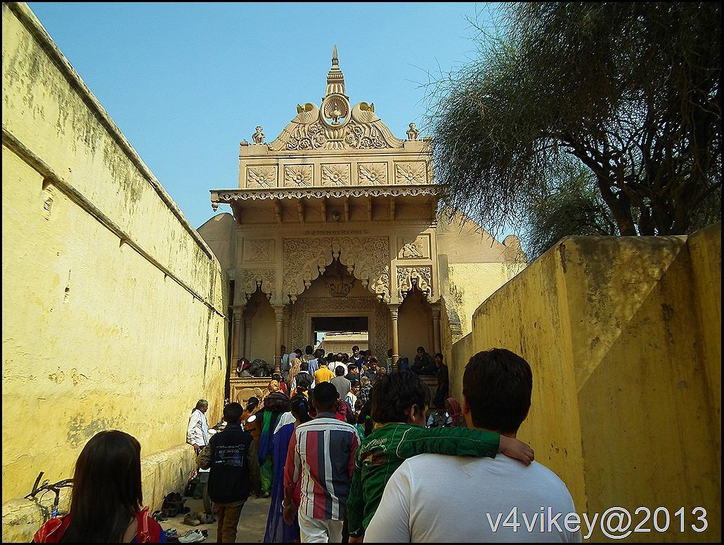 Way to Nidhi Vana Temple - Vrindavan