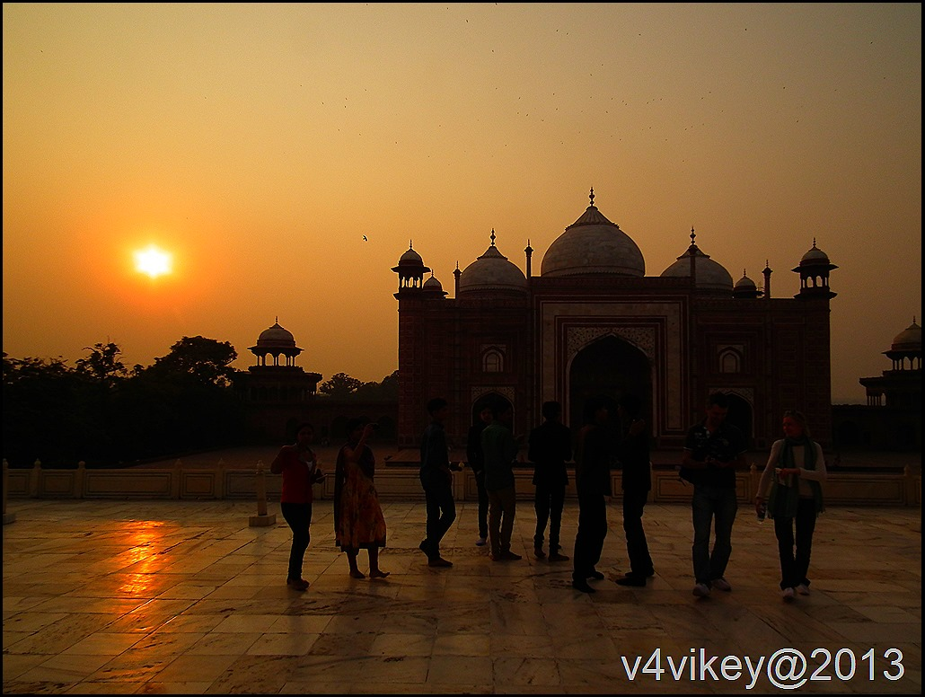 Tajmahal's Mosque at sunset time view